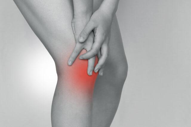 膝の痛みが気になる場合はお問い合わせを